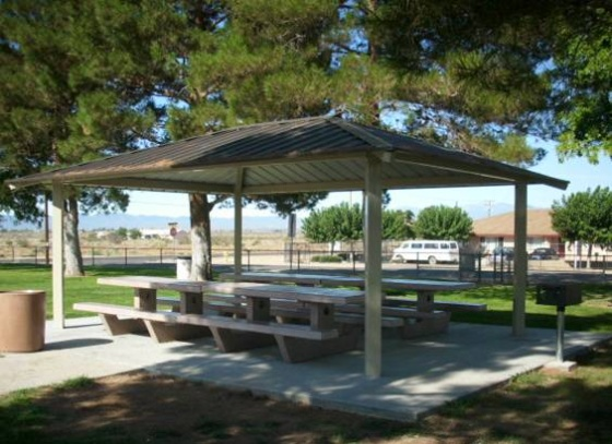 Mendel shade structure