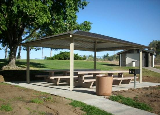 Corwin shade structure