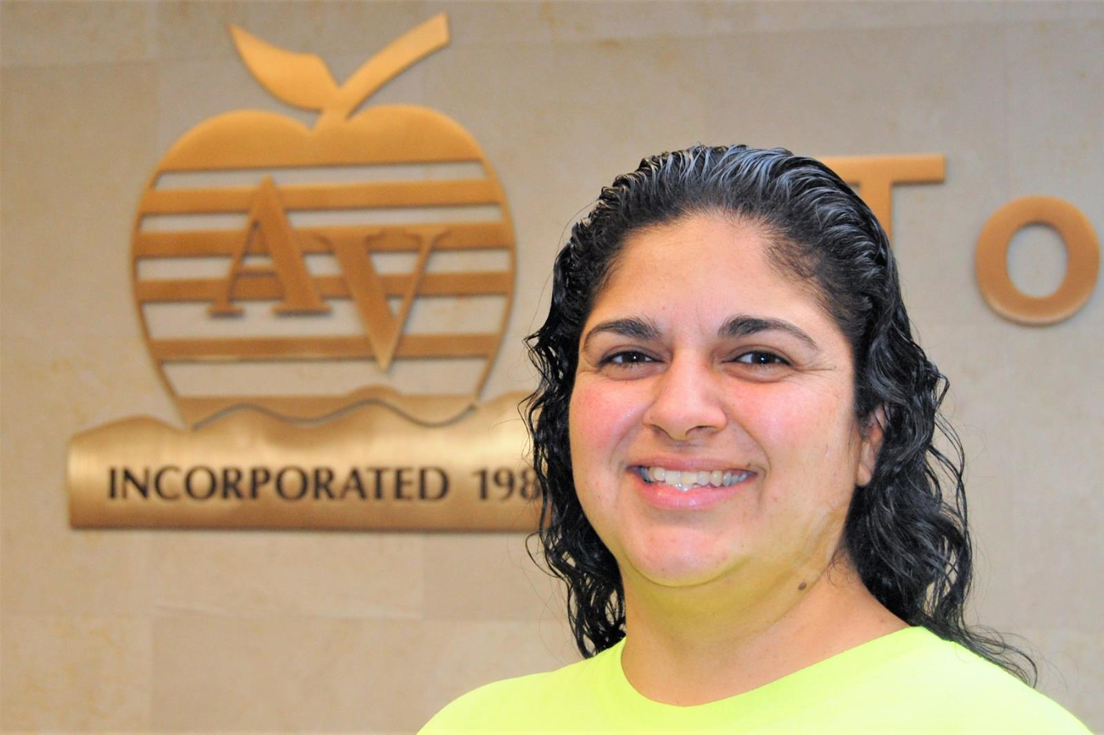 Stephanie Vargas named Apple Valley employee of the quarter